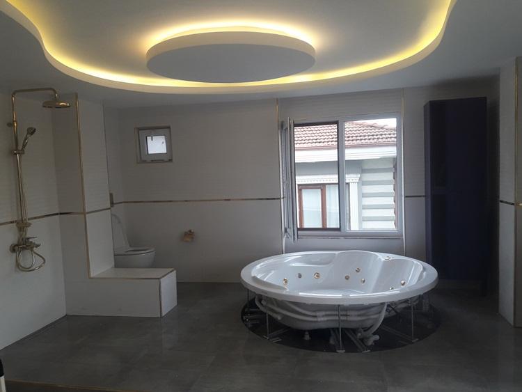 BANYO; Suit Hotel Hissi Veren Stil Sahibi Banyo Yaratın